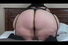 Ssbbw KayaNee Shakes Her Firm Pear Ass