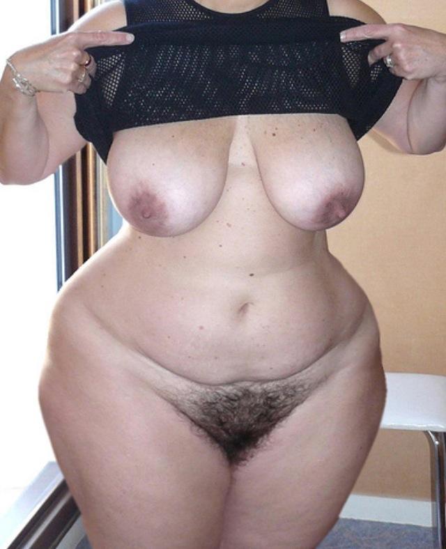 Широкие бедра волосатые порно фото